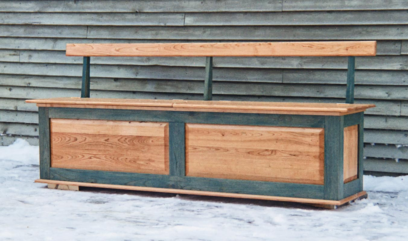 Interior Bench in Cherry - Natural and Green Stain