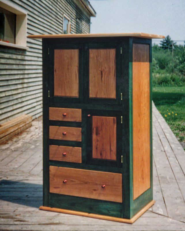 Shaker Style Cabinet in Cherry