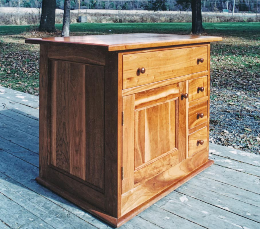 Shaker Style End Table in Cherry